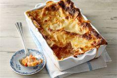 Kevyt juureslasagne ✦ Tavallista lasagnea kevyempi kasvislasagne maistuu koko perheelle.  http://www.valio.fi/reseptit/kevyt-juureslasagne/ #valio #resepti #ruoka #recipe #food