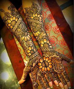 Indian Bridal Henna Mehendi Ideas For 2019 Full Mehndi Designs, Floral Henna Designs, Indian Mehndi Designs, Wedding Mehndi Designs, Mehndi Designs For Fingers, Mehndi Design Images, Mehandi Designs, Heena Design, Arabic Design