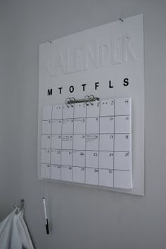 DIY - Calendar..i think i can make this!