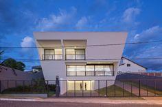Gallery of Aresta House / BLOCO Arquitetos - 7
