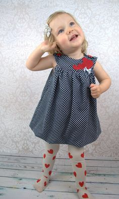 Sewing instructions and patterns Balloon dress Mariechen - sewing pattern and sewing . : Sewing instructions and patterns Balloon dress Mariechen – Sewing patterns and sewing instructions at Makerist Dress Sewing Patterns, Baby Knitting Patterns, Clothing Patterns, Crochet Patterns, Pattern Sewing, Clothes Dye, Diy Clothes, Sewing Projects For Kids, Sewing For Kids
