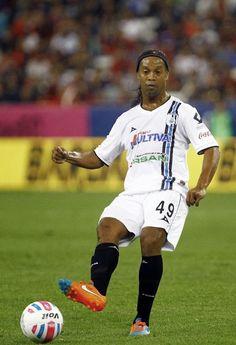 Ronaldinho jugando con el Queretaro lo admiro por su talento como jugador