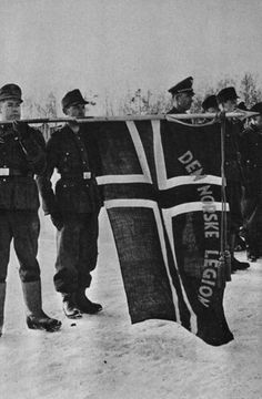 Norwegian soldiers of the Den Norske Legion honoring soldiers who had died on the Leningrad front December 28, 1943