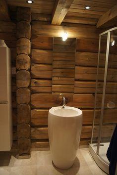 Nina i Paradiset Toilet, Bathtub, Bathroom, Standing Bath, Bath Room, Bath Tub, Litter Box, Bathrooms, Bathtubs