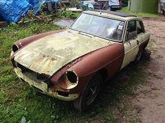 Mgb Gt. Webasto, Rubber Bumper, No Engine   - http://classiccarsunder1000.com/?p=89270