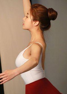 Kang Sora, Backless, Dresses, Fashion, Vestidos, Moda, Fashion Styles, Dress, Fashion Illustrations