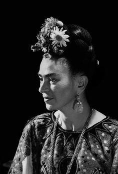 Frida Kahlo y Diego Rivera: amor y psique capturados en imágenes – Español