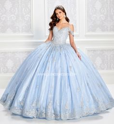 Blue Ball Gowns, Tulle Ball Gown, Ball Gown Dresses, Tulle Lace, Flapper Dresses, Royal Ball Gowns, Blue Gown, Ball Gowns Prom, Sweet 16 Dresses