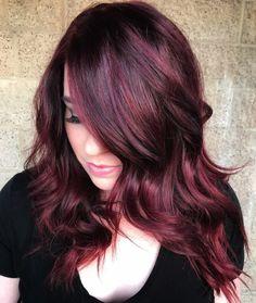 Glam Dark Hair with Burgundy Highlights Short Burgundy Hair, Burgundy Hair With Highlights, Red Burgundy Hair Color, Maroon Hair, Hair Highlights, Burgundy Hairstyles, Teal Hair, Red Purple, Pelo Color Borgoña