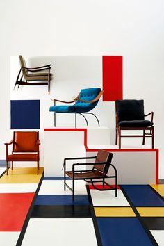 Mondrian De Stijl Vinyl Floor - Flooring Ideas – Interior Floors & Pictures (houseandgarden.co.uk)