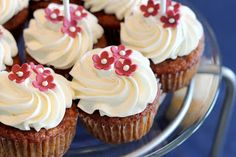 Jessicakes: Gluten-Free Chocolate Cupcakes AND MORE!!