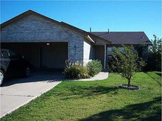 612 nw 111th st, okc, ok, 73114. Like new! Carpets cleaned and move in ready. Living, dining & kitchen open and flowing. Lots of windows for an abundance of natural lighting. Covered patio with nice size backyard for entertaining family & friends. #zillow