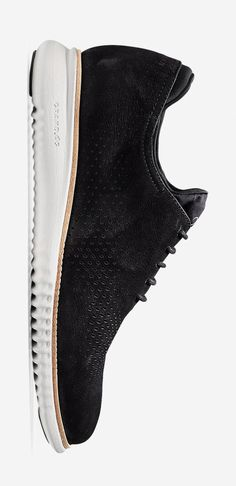 leManoosh collates trends and top notch inspiration for Industrial Designers, Graphic Designers, Architects and all creatives who love Design. Suede Shoes, Men's Shoes, Shoe Boots, Dress Shoes, Vans Shoes Fashion, Sneakers Sketch, Kicks Shoes, Mens Designer Shoes, Only Shoes