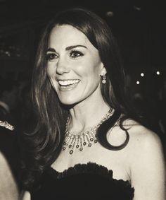 Cabelo Kate Middleton, Kate Middleton Style, Princesse Kate Middleton, Prinz William, Royal Beauty, Prince William And Catherine, Princess Charlotte, Royal Fashion, Duke And Duchess