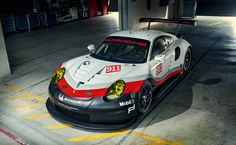 The new 911 RSR.