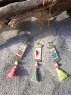 Image of Colliers et pendentifs ananas-pastèque