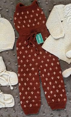 Awesome Baby and Kids Crochet Overalls Pattern Ideas and Images Part crochet overalls pattern; crochet overalls for babies; Pattern Images, Pattern Ideas, Free Pattern, Crochet For Kids, Free Crochet, Crochet Baby, Baby Boy Overalls, Overall Dress, Baby Items