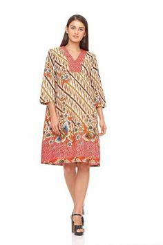 Kulot Batik, Batik Kebaya, Batik Dress, Ikkat Dresses, Batik Fashion, Woman Dresses, Ethnic Dress, Fashion Beauty, Womens Fashion