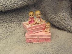 Miniature handmade TINY BABY GIRL TOY DOLLY SUITCASE TRUNK ooak DOLL DOLLHOUSE