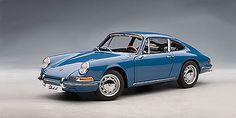 AutoArt 1964 Porsche 911 diecast car