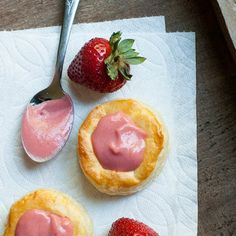 A fresh delicious strawberry curd to put on anything from cupcakes to puff pastry to toast!