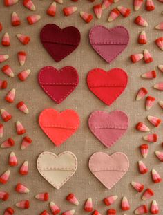 15 Cutest Valentines Crafts for Kids - Felt hearts #Valentines #KidsCraft