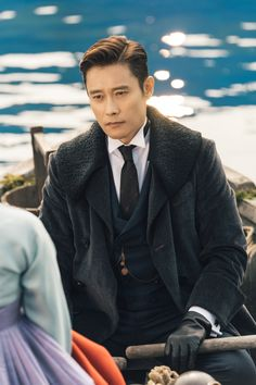 Asian Celebrities, Asian Actors, Korean Actors, Jung So Min, Best Historical Dramas, Byun Yo Han, Korean Drama Series, Lee Byung Hun, Netflix