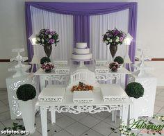Mesa casamento provençal branco e lilás