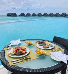 Does anyone fancy a lunch by the pool? Maldives, Table Settings, Tropical, Lunch, Dining, News, The Maldives, Dinner, Meal