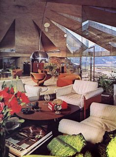 "Elrod House Palm Sprins 1968 by John Lautner (original inside)  ""Diamonds are Forever"" Film"