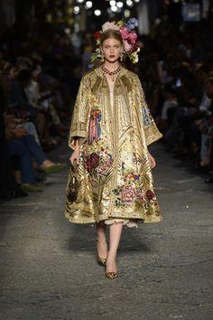 Dolce & Gabbana | Haute Couture - Autumn 2016 | Look 18