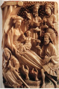 Alabaster panel of the second half of the 15th century. Suddenly Mary has a fitted form. Her waist and breasts are apparent.