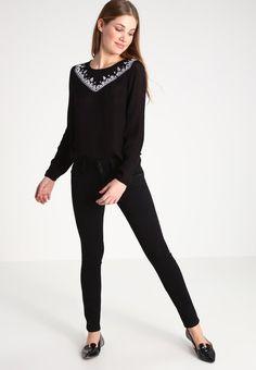 ¡Cómpralo ya!. Even&Odd Blusón black. Even&Odd Blusón black Ofertas   | Material exterior: 100% viscosa | Ofertas ¡Haz tu pedido   y disfruta de gastos de enví-o gratuitos! , blusas, blusa, blusón, blusones, blouses, blouse, smock, blouson, peasanttop, blusen, blusas, chemisiers, bluse. Blusas  de mujer color negro de Even&odd.