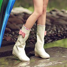 Myndaniðurstöður Google fyrir http://i00.i.aliimg.com/wsphoto/v0/641969318/2012-fashion-sexy-cheap-bowtie-women-rainboots-rain-boots-for-women-plus-size-free-drop-shipping.jpg