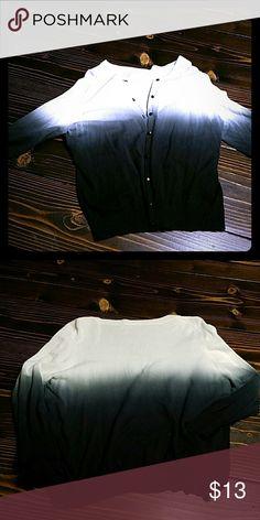 Ombre size xl cardigan 3/4 sleeves shorter cardigan. Euc Runs smaller will fit m/l Tops