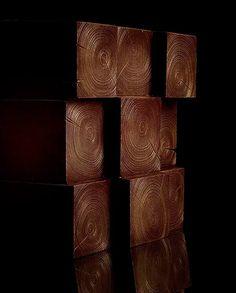 bûche de Noël ? - ピエール・エルメ・パリ(PIERRE HERMEacute PARIS)より、クリスマスを祝う新作ケーキが登場。2014年10月21日(火)から12月2日(土)までの期間に予約を受付る。販売期間は、12月19日(金)から12月25日(木)まで。 左) 「フロコン バヤデール」 5,250円+税右) ...
