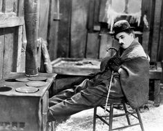 Charlie Chaplin - The Gold Rush.