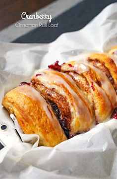 Delicious holiday breakfast ideas can be so easy. Like this 3 ingredient Cranberry Cinnamon Roll Loaf made with cinnamon rolls, cranberry sauce & icing. on kleinworthco.com #pillsbury @pillsbury AD