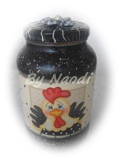 Vidro reciclado para bolachas, biscoitos, etc - pintura decorativa, craquelê, decoupagem e aplique de flor em tecido.