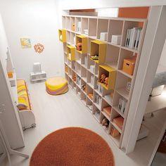 #Libreria Outline bifacciale per creare due ambienti diversi senza ricorrere a lavori di muratura. Team for Young www.moretticompact.com