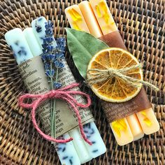 A baton type aroma wax bar was made. # Aroma wax sticks Source by emanuelatoninde The post A baton type aroma wax bar was made. # Aroma & appeared first on Soap. Homemade Candles, Diy Candles, Diy Savon, Wax Tablet, Homemade Soap Recipes, Soap Packaging, Cold Process Soap, Home Made Soap, Natural Cosmetics