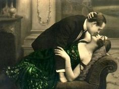 Passion of Love Vintage Romantic French Postcard, Greeting Cards, Invitations and Gifts. Vintage Kiss, Vintage Couples, Vintage Romance, Vintage Love, Vintage Candy, Vintage Heart, Vintage Glamour, Vintage Stuff, Vintage Paper