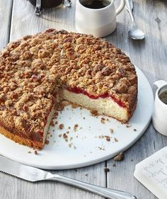 Raspberry Crumb CakeMoist with a crunchy walnut-brown sugar topping, this cake packs just the right amount of tart raspberry flavor—although if raspberry isn't your jam, you can use any flavor of … Baking Recipes, Cake Recipes, Dessert Recipes, Baking Ideas, Yummy Recipes, Moist Cakes, Brunch Recipes, Breakfast Recipes, Breakfast Ideas