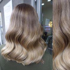 haar schneiden Champagne hair and cut - haar Bad Hair, Hair Day, Balayage Hair, Ombre Hair, Haircolor, Gorgeous Hair, Amazing Hair, Hair Looks, Pretty Hairstyles