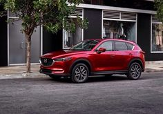 New Mazda, new CX-5. The Japans improved themselves more in the technology and the engine than the optic. For noknown Mazda people, it's the Kodo-design at the optic as you can see. The SKYactive technology will be continued confirmed in the compact-SUV.The multi-information gauge on the right-hand side of the instrument cluster features a new 4.6-inch high-resolution colour TFT liquid crystal display.The actual generation will become sale, the prices aren't fit. Release is in 2017 for…