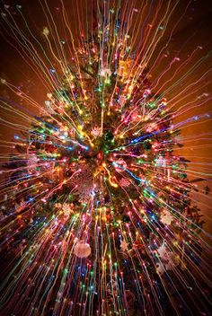 Christmas tree at slow shutter speed - Dump A Day