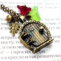 Bag End Hobbit hole Door Locket Necklace. Fairy Door Fantasy. Lord of the Rings Jewelry