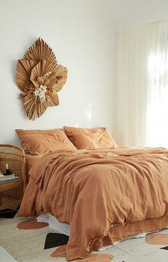 Luxury Home Decor, Cheap Home Decor, Luxury Homes, Home Bedroom, Modern Bedroom, Diy Bedroom Decor, Bedroom Ideas, Bedroom Green, Trendy Bedroom