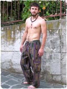 Pantaloni Commando #Pantaloni# etnici per #uomo con #tasche laterali. #modaetnica #ethnicalfashion #lamamita #moda #fashion #italianfashion #style #italianstyle #modaitaliana #lamamitafashion #moda2016 #fashion2016 #pantaloni #spring #springfashion #summerfashion #trousers #ethnictrousers