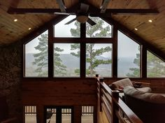 Cabin in Mountain View, United States. Jan 19,  2017:  Full time dedicated vacation rental with new owner. Sleeps up to 20 people with 5 br, 2 bath.  3200sf on 5 acre lot overlooking White River limestone bluffs.  Cyclist friendly,  perched on bluff edge.  15 min from Mtn View and 5 mi...